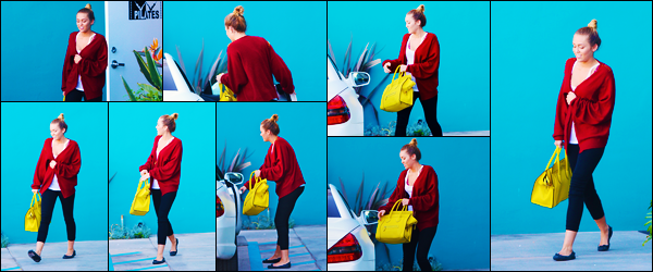 -07/03/2012- ─ Miley Cyrus a été photographiée, alors, qu'elle quittait son cours de pilates qui se situait dans Hollywood !C'est comme à son habitude dernièrement, que la belle chanteuse Miley a été photographiée quittant son cours ! Concernant sa tenue, c'est un petit top !