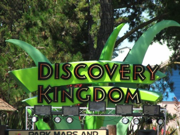 six flag discovery kingdom