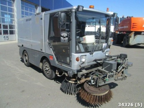 balayeuse  RAVO  340