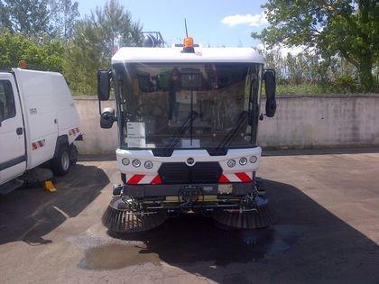 BALAYEUSE ASPIRATRICE 5M3 - MATHIEU RAVO 540 XL