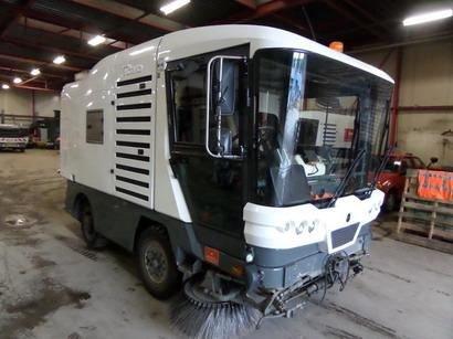 balayeuse Ravo 530