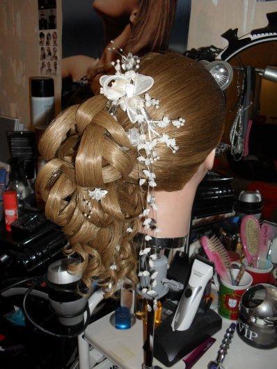 La coiffure, Un métié , Une Passion, Un rêve et de L'ambition mais surtout un ART <3