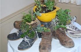 transformer ses veille chaussure en chaussure de star  comment personnaliser  vos  chaussures avec des plume  des perle ou des diamant