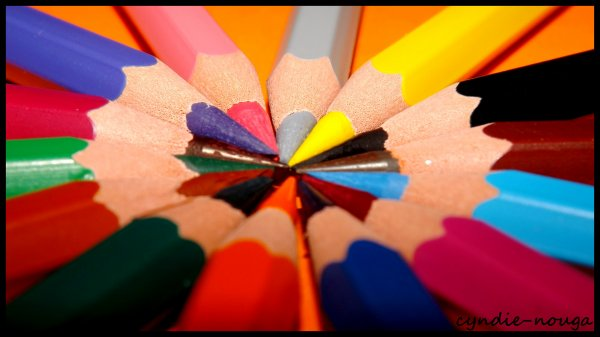 Des crayons, de couleurs...
