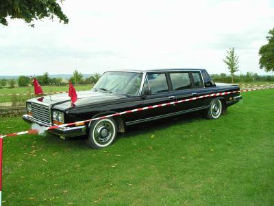 165. limousine zil 114 - un amoureux de la voiture de collection