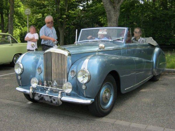 5759. bentley cabriolet