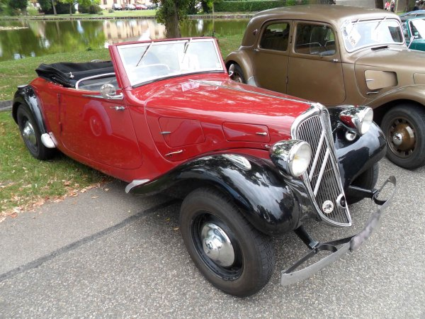 5902. citroen traction cabriolet