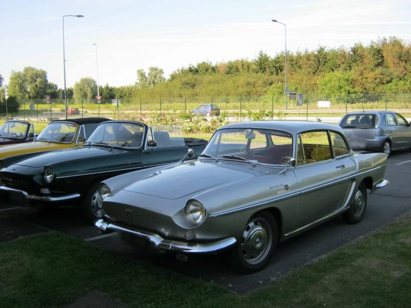 5943. renault caravelle
