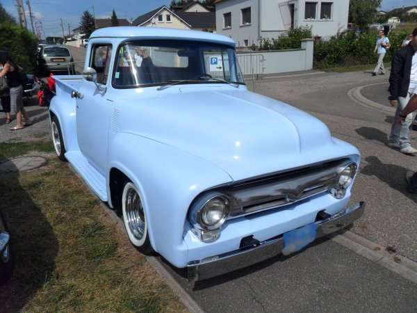 6071. chevrolet pick up