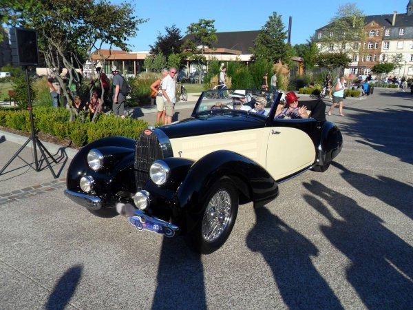 6115. bugatti cabriolet