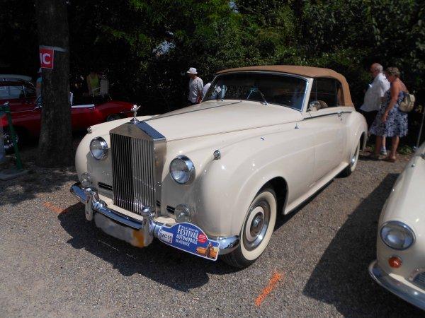 6331. rolls royce cabriolet