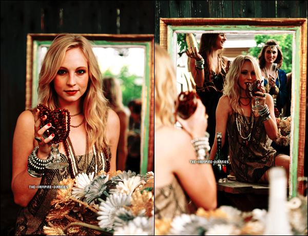 """Découvrez le sublime photoshoot de notre blondie Candice pour le """"Show Me You Mumu Magazine"""" datant de Novembre 2012."""