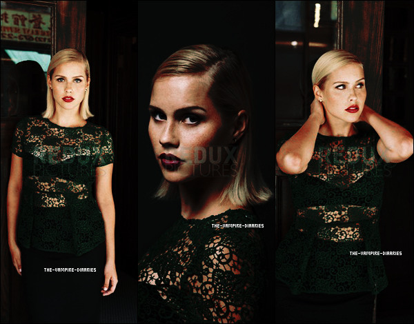 Découvrez un tout nouveau photoshoot de Phoebe, toute jolie en tant que modèle pour la marque de bijoux Jan Logan.