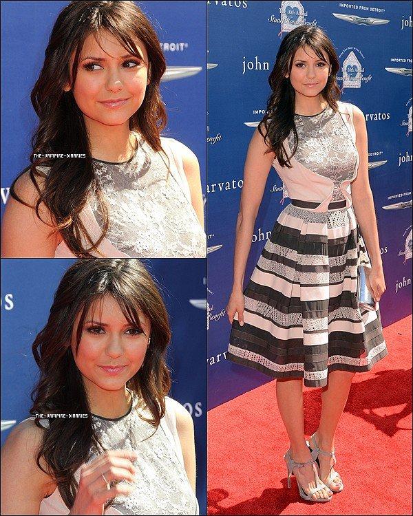 Ce 10 mars, Nina juste magnifique, s'est rendue à la 10ème édition du John Varvatos Stuart House Benefit, à Los Angeles.