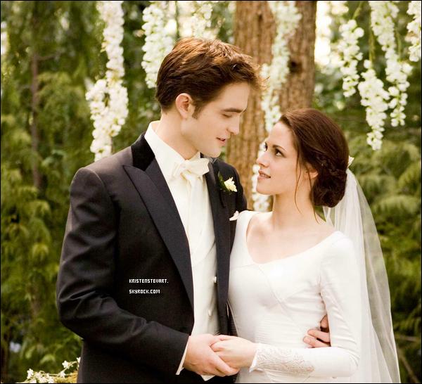 . 26.11.11 - Encore un nouveau Still de Kristen en robe de mariée, elle est magnifique pour « Twilight ». .