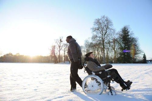 Mon plus grand handicap, c'est pas d'être en fauteuil, c'est d'être sans elle.