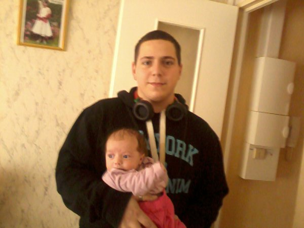 Moi et Ma niece :) (lilou)