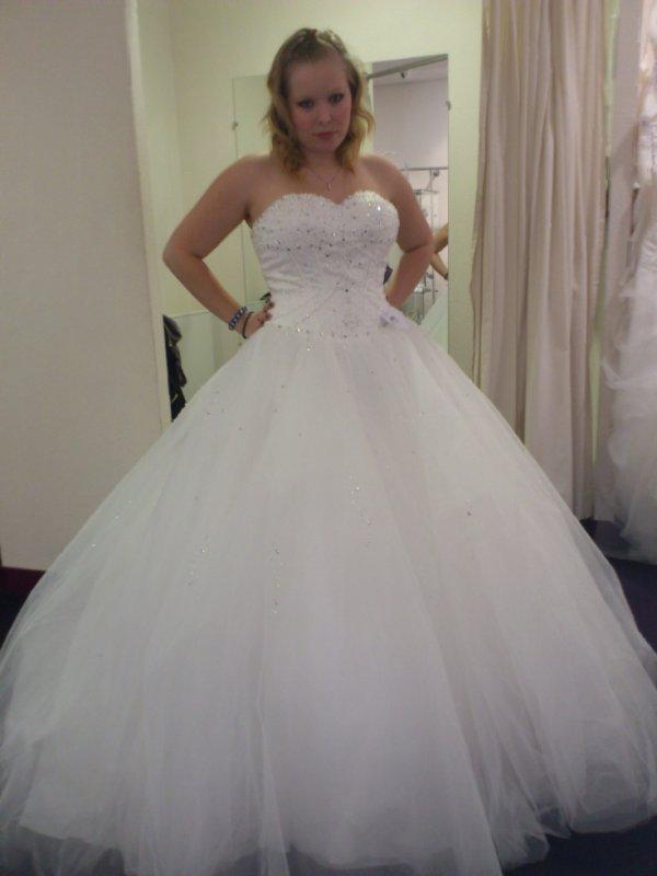 La robe montsegur de point mariage blog de robe mariage 27 for Robes de mariage cyber lundi