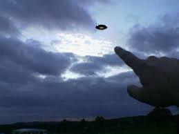 aliens et extraterrestres , recherche de témoins