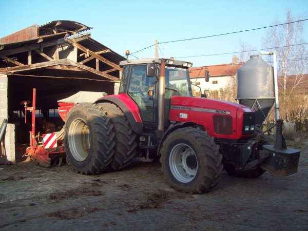 massey 8240 et semoir accord