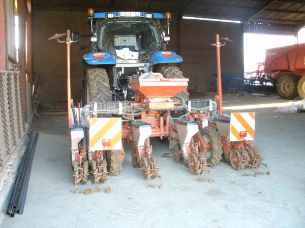 new holland et khun