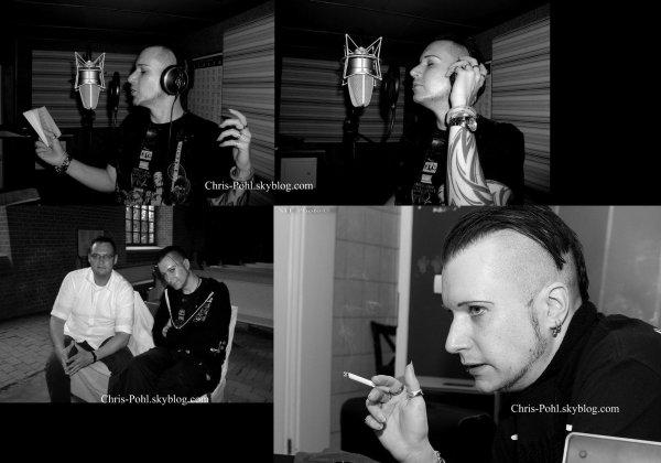 Après une longue Absence, Je vous présente plusieurs photos de Chris Pohl trouvé sur son facebook. Dîtes moi ce que vous en pensez, moi je suis fan !