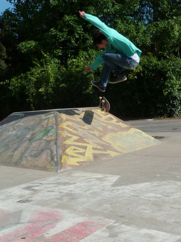 Victor - 360 flip to fackie