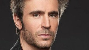 Smash : Jack Davenport, un ancien pirate des Caraïbes à Broadway