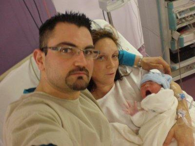 mon frere , ma belle soeur et leur petit