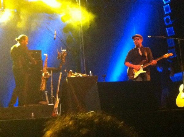 Photos et morceaux interprétés par Bernard Lavilliers Saint Gilles 6 septembre 2012