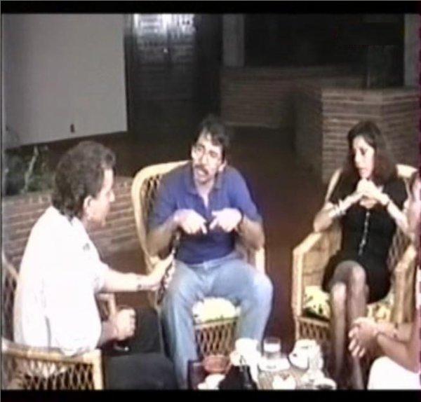 Photo: Lavilliers Journaliste interviewant Daniel Ortega Président du Nicaragua 1988.