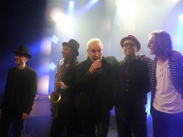 Bernard Lavilliers et ses Musicos au Trianon le 10 janvier 2015. Photos