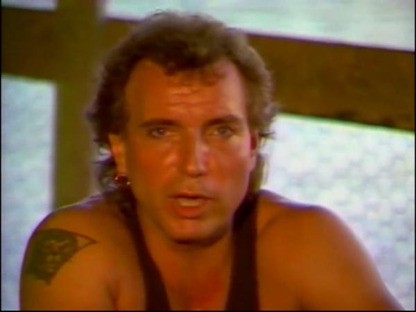 Lavilliers. 1987. FR3. Sous le soleil de la Martinique, Les discos d'or. Le 16 février 2018 à 20h40 TV Melody