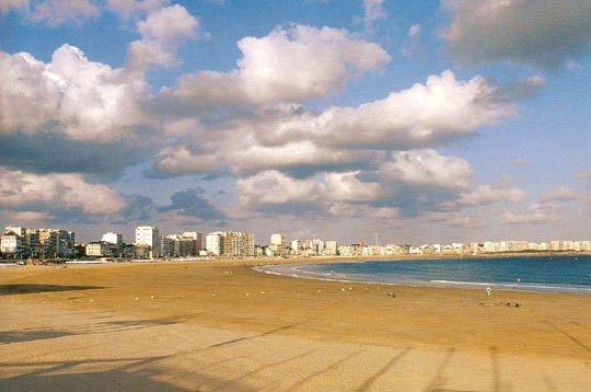 bonne journee a perte de vue de la plage