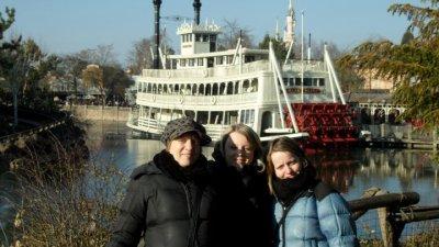 Les soeurs Halliwell à Disney (16/02/10)