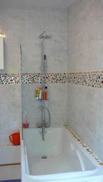 Salle de bains 3 atelier de mosa que for Frise mosaique salle de bain