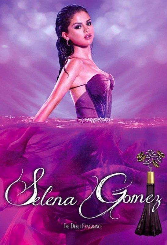 Découvrez la première image officielle du parfum de Selena