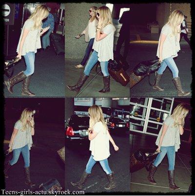 07/06 : Miley a été aperçue à l'aéroport LAX de Los Angeles en direction de La nouvelle Orléans en Louisiane pour rejoindre son Fiancé Liam ♥