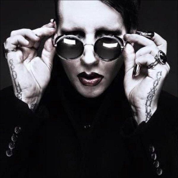 Marilyn Manson, heureux de sa maison hantée.