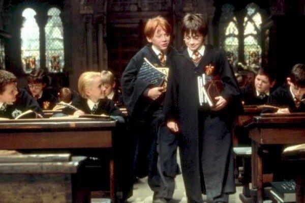 Harry Potter A L'école Des Sorciers / Hedwig's Theme (2001)