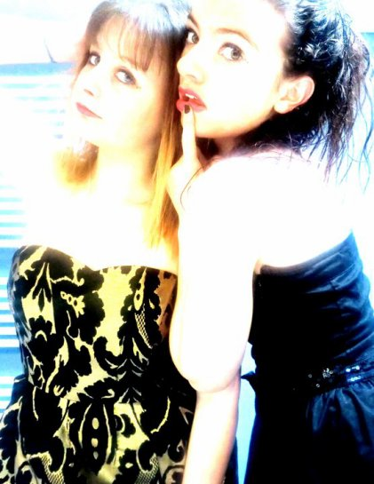 Moii &ma Blonde