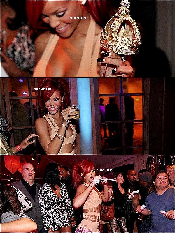 . 20/02:Après le show au NBA, Rihanna est partie dans une villa privé à Beverly Hills pour fêter son anniversaire. Plusieurs stars étaient présents comme Jay-Z, Joel Madden, David Guetta, Zac Efron, Mary-J-Blige,..Puis vers une heure du matin, c'est P. Diddy qui est arrivée avec Snoop Dogg et Warren G qui ont repris des vieux tubes. Ils ont fait la fête jusqu'au petit matin !  Alors la tenue, t'aimes?  .