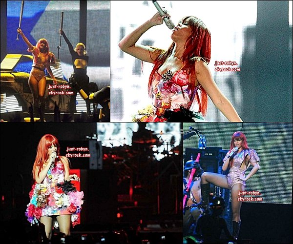 . LAST GIRL ON EARTH TOUR: Rihanna a commencée sa sa tournée « Last Girl On Eart Tour »  à Brisbane ( Australie ). .