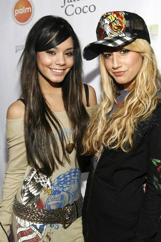 Ashley Tisdale et Vanessa Hudgens