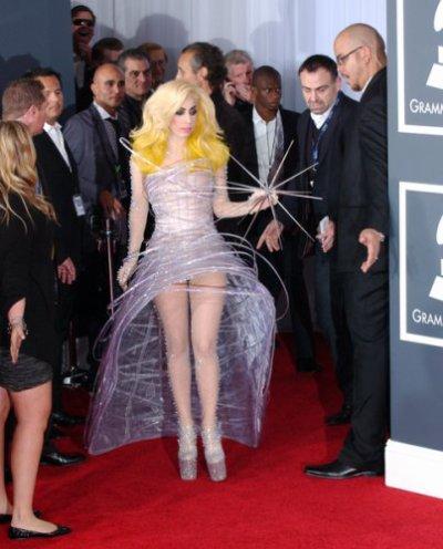 Lady Gaga: la robe la plus décalée !