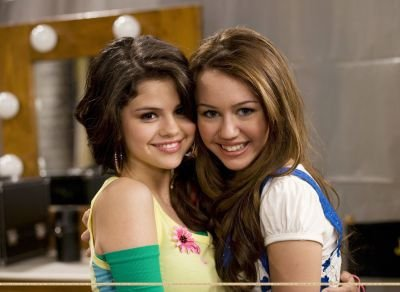 Selena Gomez et Miley Cyrus