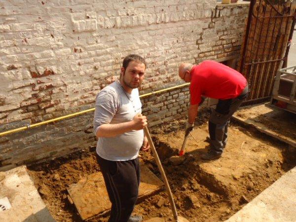Construction du 2ème étang de mon petit frère Steve dans sa nouvelle maison...