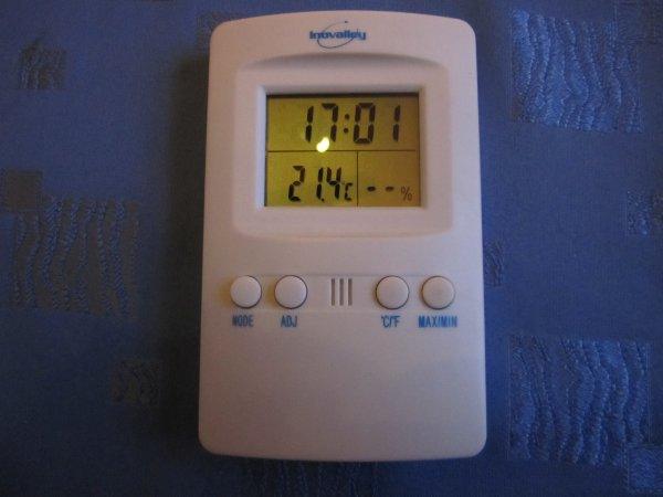 Le thermomètre et Hygromètre.