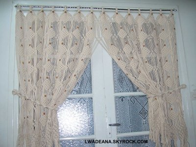 rideau etire au macrame fenetre de cuisine blog de lwadeana. Black Bedroom Furniture Sets. Home Design Ideas