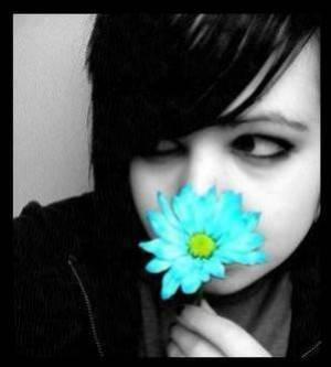 Au milieu des fleurs...elle t'a offert son coeur